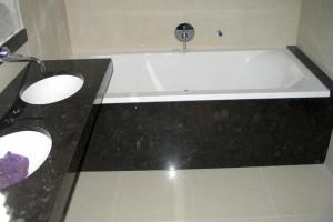 Žulový obklad kúpeľne Kamenárstvo STONESTORE Bratislava