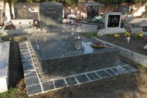 STONESTORE žulový pomník dvojhrob Šaštín Stráže
