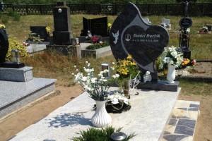 STONESTORE žulový pomník jednohrob Lakšárska Nová Ves