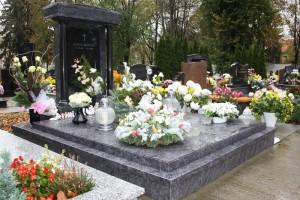 STONESTORE žulový pomník dvojhrob Senica