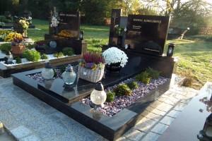 STONESTORE žulový pomník dvojhrob Lozorno