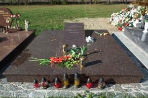 STONESTORE žulový pomník dvojhrob V. Leváre