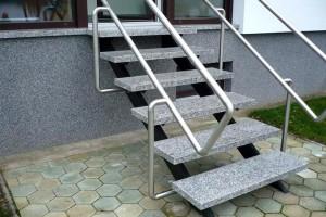 Žulové schody Rosa Beta Kamenárstvo STONESTORE Hauskirchen